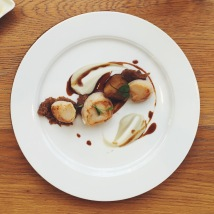 Seared scallops with Jerusalem artichoke, Treviso, speck and white balsamic vinegar